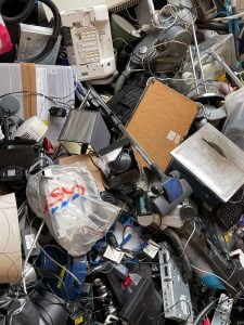 Comment limiter la quantité de déchets électriques et électroniques ?